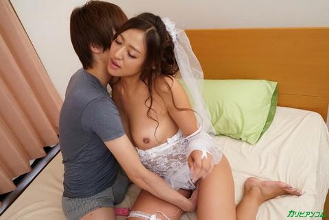 マンネリカップルの解消法 〜新妻プレイで彼は再び恋をする〜 日向るな
