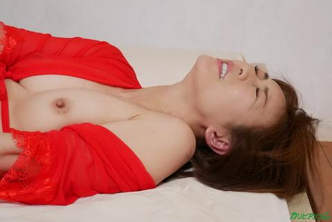 世界で一番ぶっかけ精子の温かさに滾る女 HITOMI