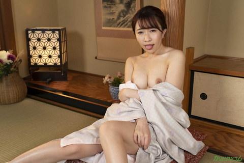 リピーター獲得!舐めたがり美人女将のトロける礼遇 森田みゆ